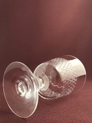 Kosta boda - Diamant - Vit Vinglas på fot design Vicke Lindstrand