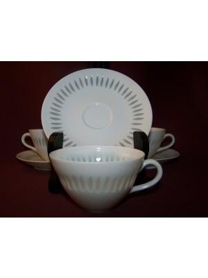 Arabia-4 stycken - Rivi kaffekoppar met fat - Design Friedl Holzer Kjellberg