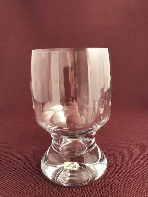 Kosta Boda-Porter - Vit Vin glas- design Signe Persson Melin