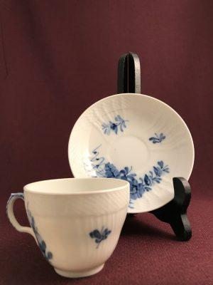 Royal copenhagen - Blå Blomst - Kaffe kopp & fat