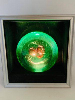 Oldergaard - Väggskåp LED - Diskus - Unikatdesign Robert Olde