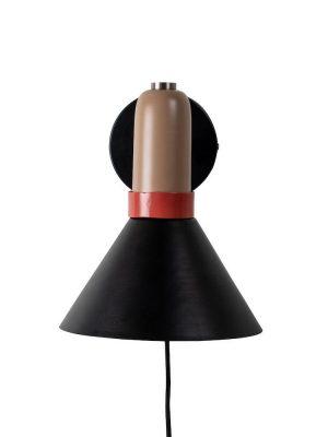 Lampa - Yumi - Vägglampa Design ByOn