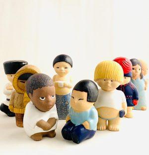Gustavsberg - 8 st Alla världens barn Unicef design Lisa Larson