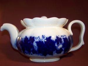 Gefle - Thekanna - Vinranka flytande blått- Arthur Percy