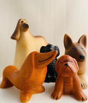 Gustavsberg- Figurin - Kennel - 5 st hundar - design Lisa Larson