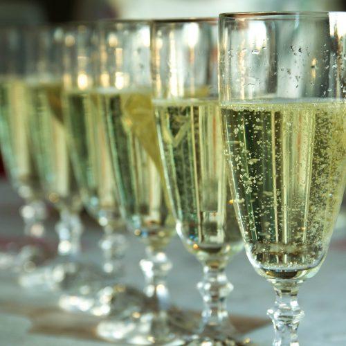 champagne-4410758_1920